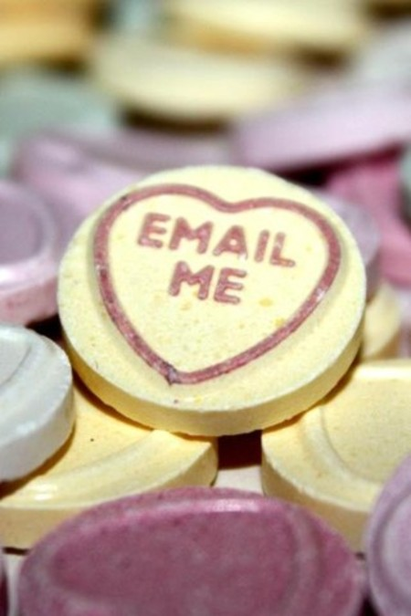 iPhone_email-me-love-heart-1024x600